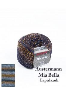 Strikkegarn uld og polyacryl Mia Bella med skønne brede farveforløb. Lyseblå og mørkeblå toner spiller frækt op mod guld
