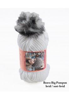 Bravo Big Pompon akrylgarn strikkekit til en hue i hvid med sort-hvid pompon i kunstpels.