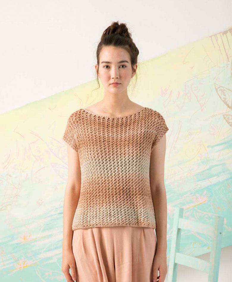 Skøn bluse i netmønster strikket i Seta Sol fra Lang Yarns